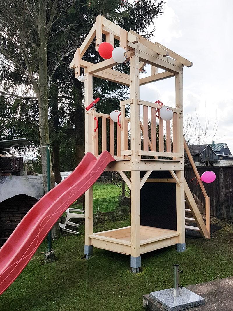 Spielturm Richtfest